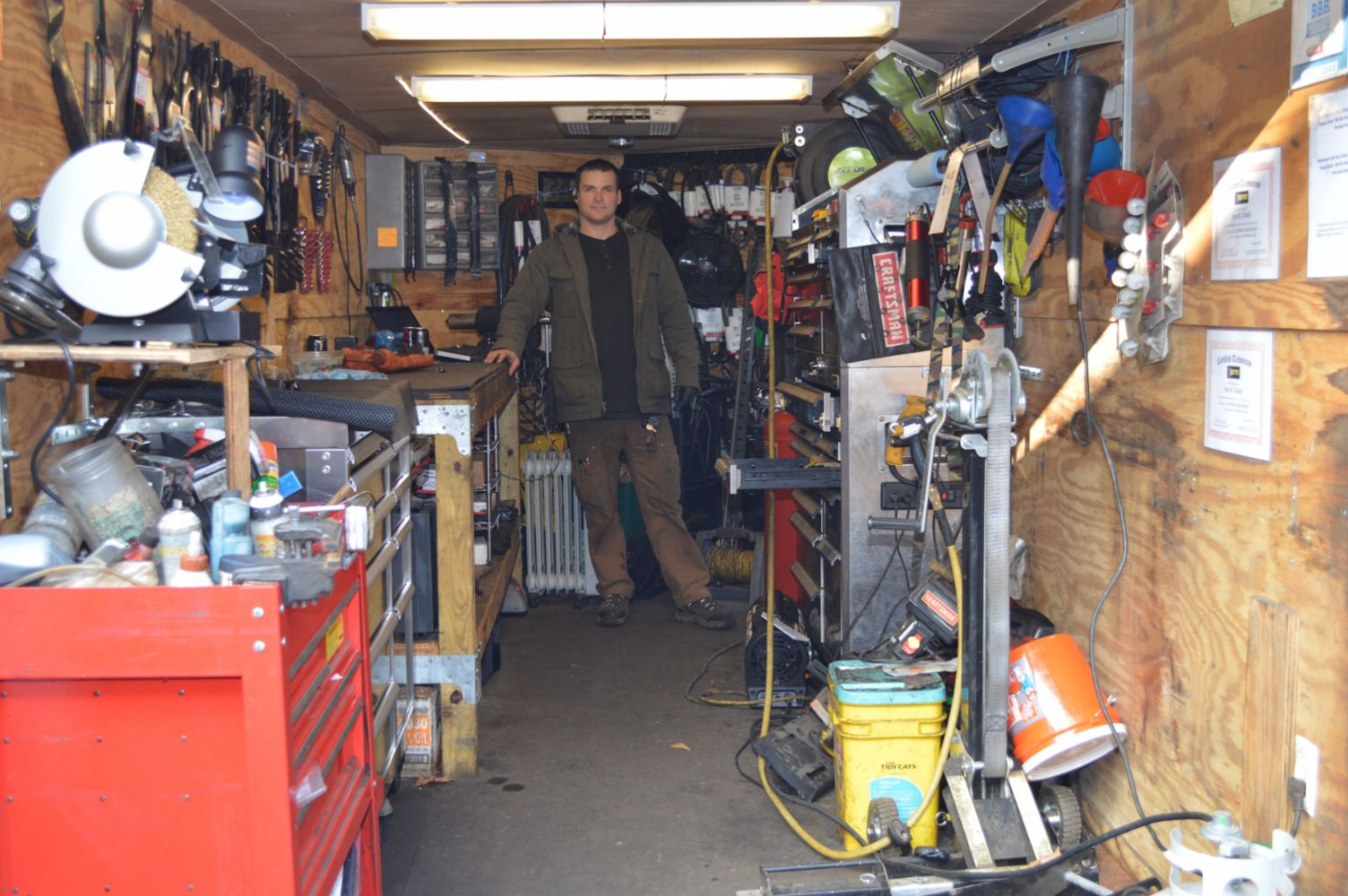 We 39 ll bring the shop to you onsite repairs at your for Small motor repair shop