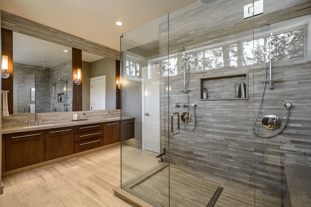 Shower Doors Can Give Your Bathroom a Unique Look
