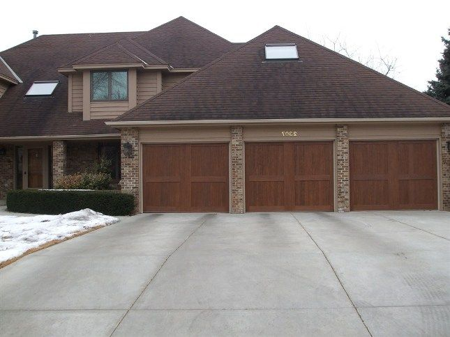 Garage door repair installation in palatine il aaa for Garage door repair grove city ohio