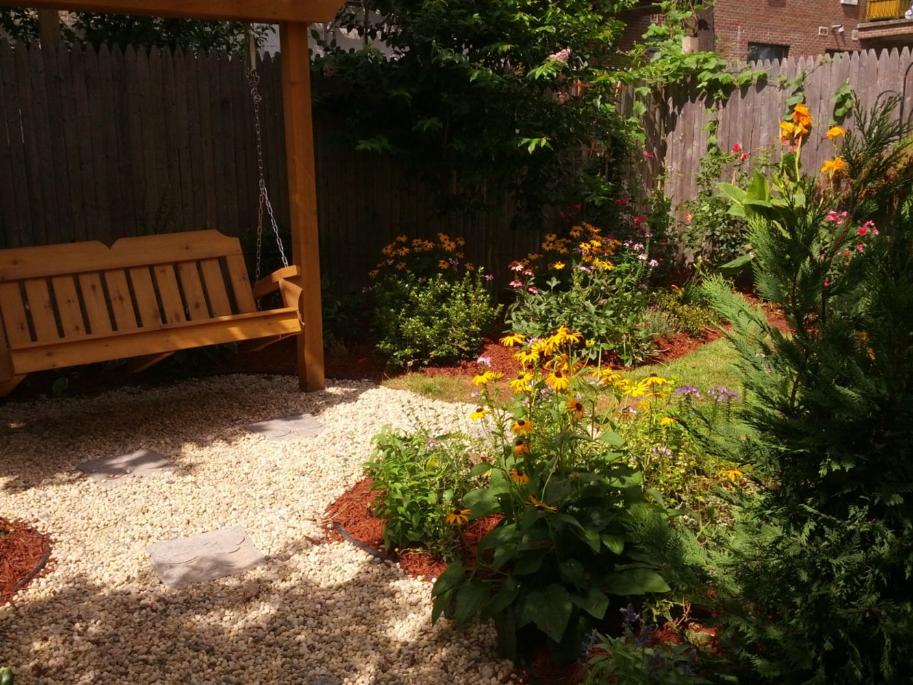 Landscaping design and maintenance in brooklyn ny great for Great landscape design