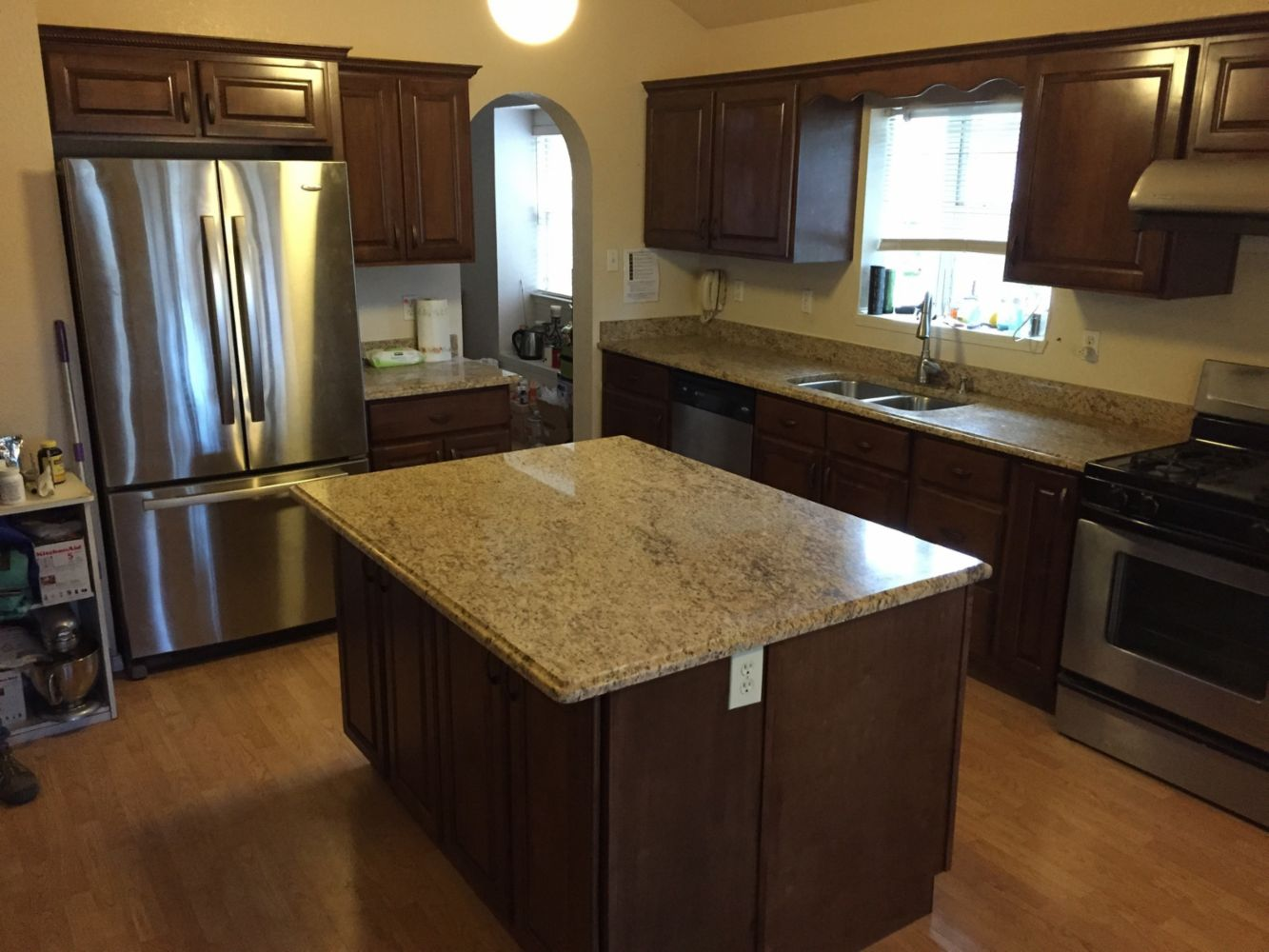 Kitchen cabinetry and stone counter tops in el paso tx for Kitchen cabinets el paso tx