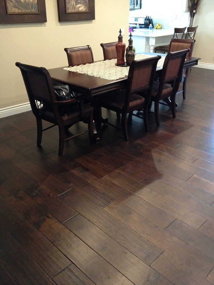 Hardwood laminate flooring and granite countertops in for Hardwood flooring 77450