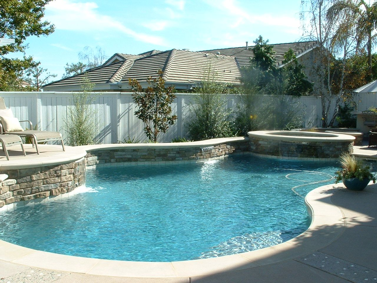 Pools and spas in carlsbad ca san diego dream pools and for Pool and spa images