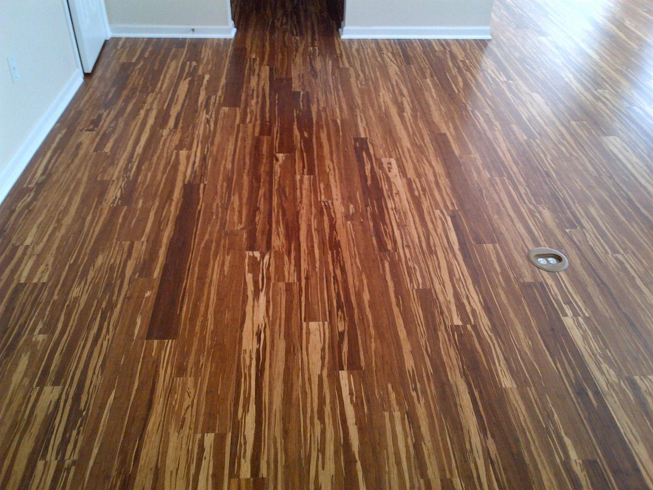 Hardwood flooring installation sanding refinishing for Hardwood floors charlotte nc