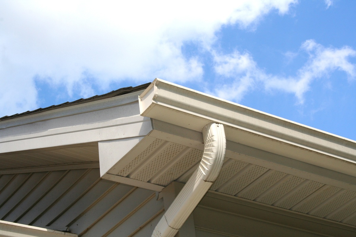 Aluminum gutter attached to the fascia of a house