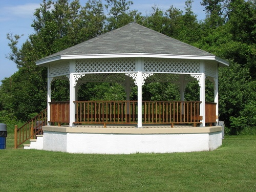 Cost to build a gazebo estimates and prices at fixr for Gazebo cost to build