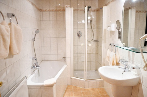 2020 Labor Cost to Install Ceramic Tile Shower | Ceramic ...