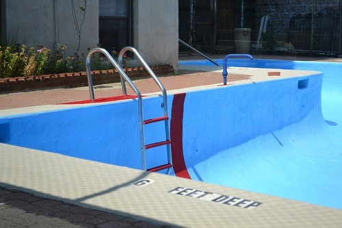 Cost to Build an In-Ground Vinyl Swimming Pool - Estimates and ...