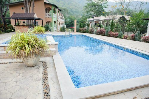 Beautiful remodelled in-ground swimming pool