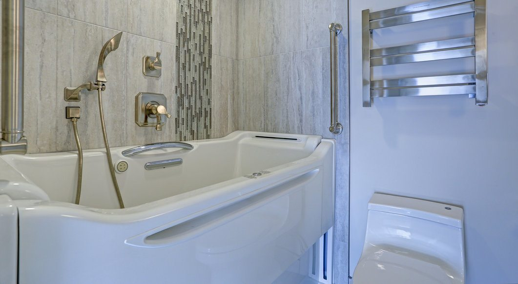 2020 Cost To Install A Walk In Tub Walk In Bathtub Prices