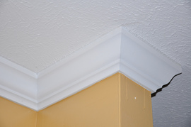 glossary term picture Crown Molding