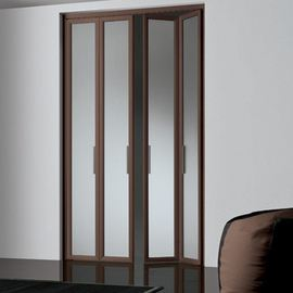 glossary term picture Bi-Fold Door