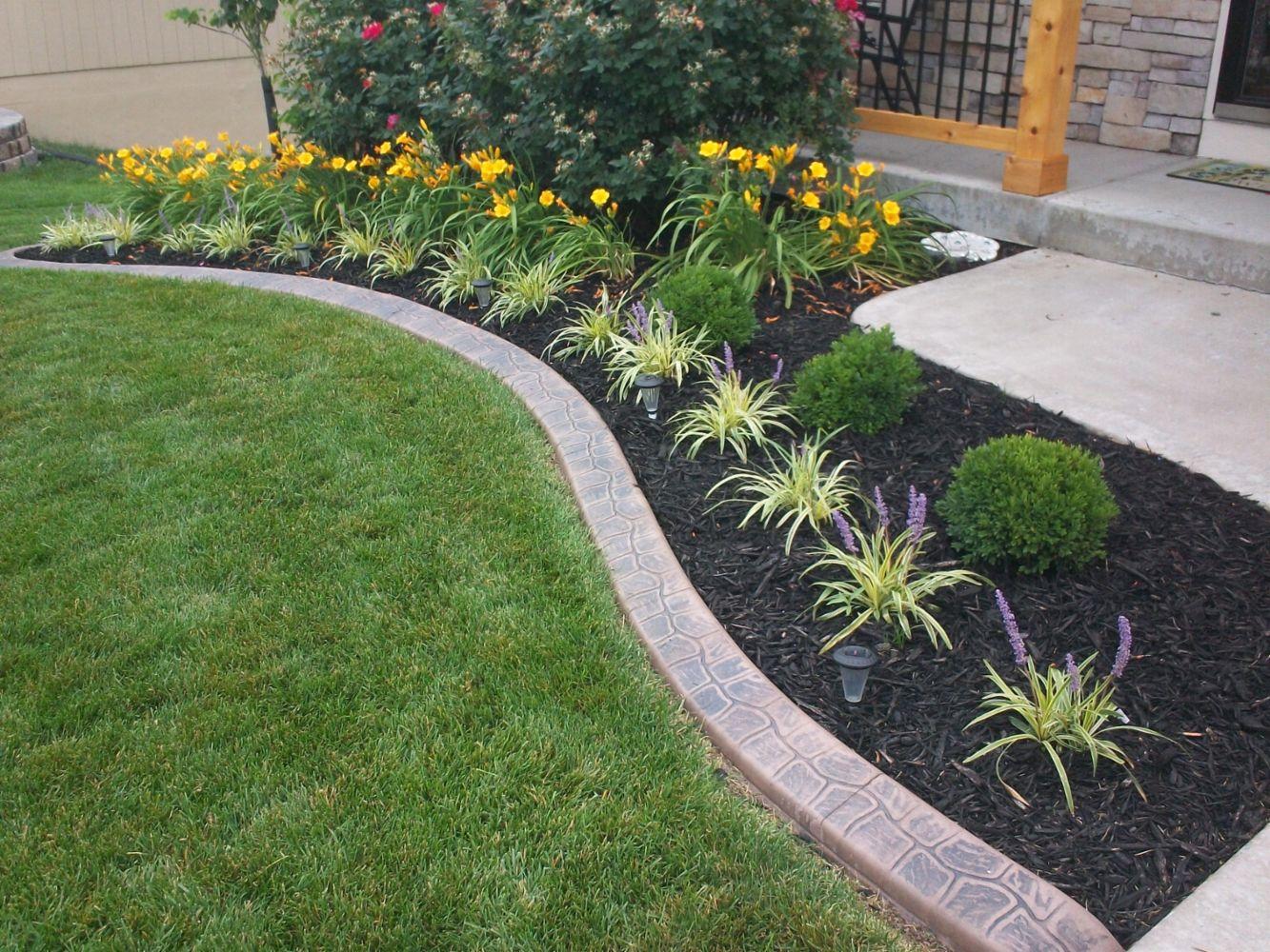 Garden curbing cost garden ftempo for Garden lawn ideas