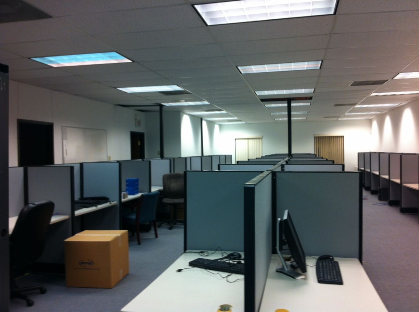 Cubicles and office furniture in denton tx arc interior for Office interior solutions