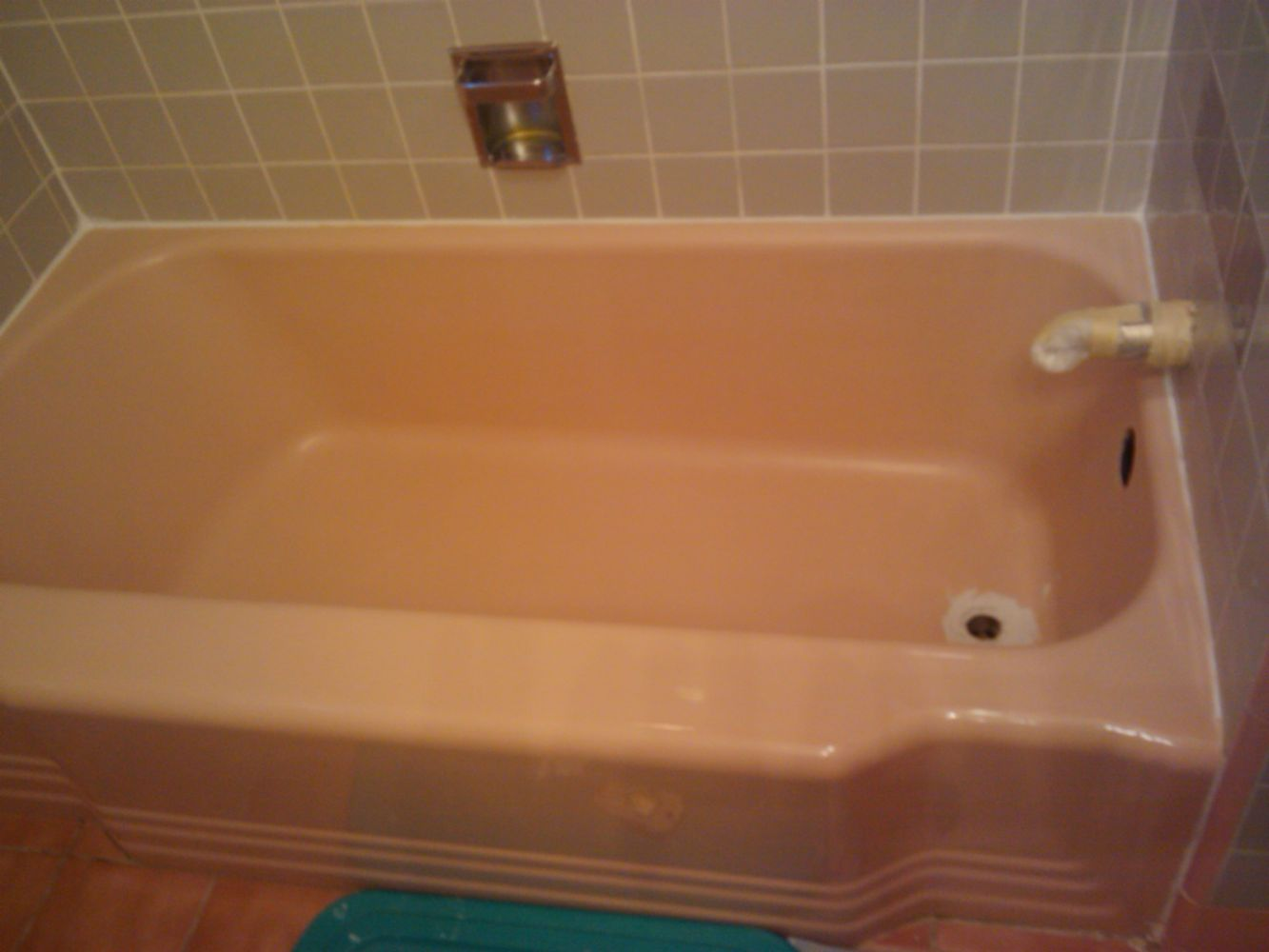 Bathtub Resurfacing in Providence, RI - In Touch Refinishing
