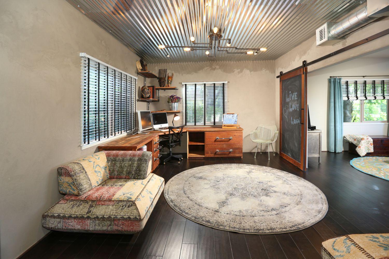 Interior design decorating in el segundo ca creative for Creative interior design review