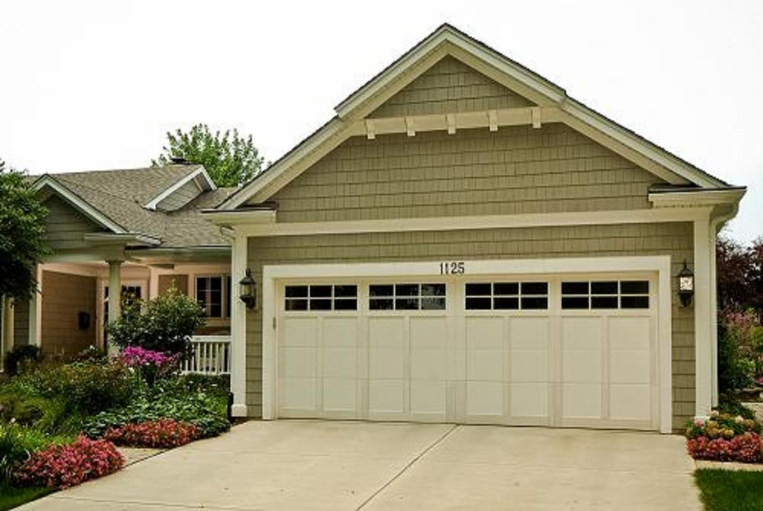 Carriage double garage door - Fixr Experience Score 22 Garage Doors
