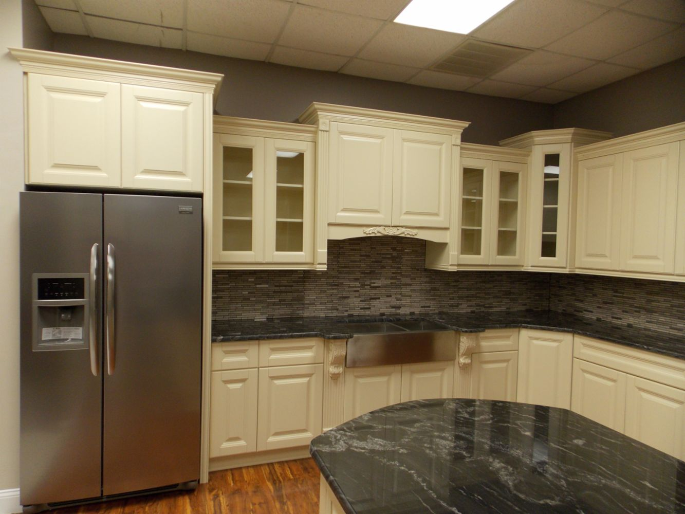 Professional Kitchen Bathoom Remodeling In Tampa Fl Angel S Professional Cabinetry