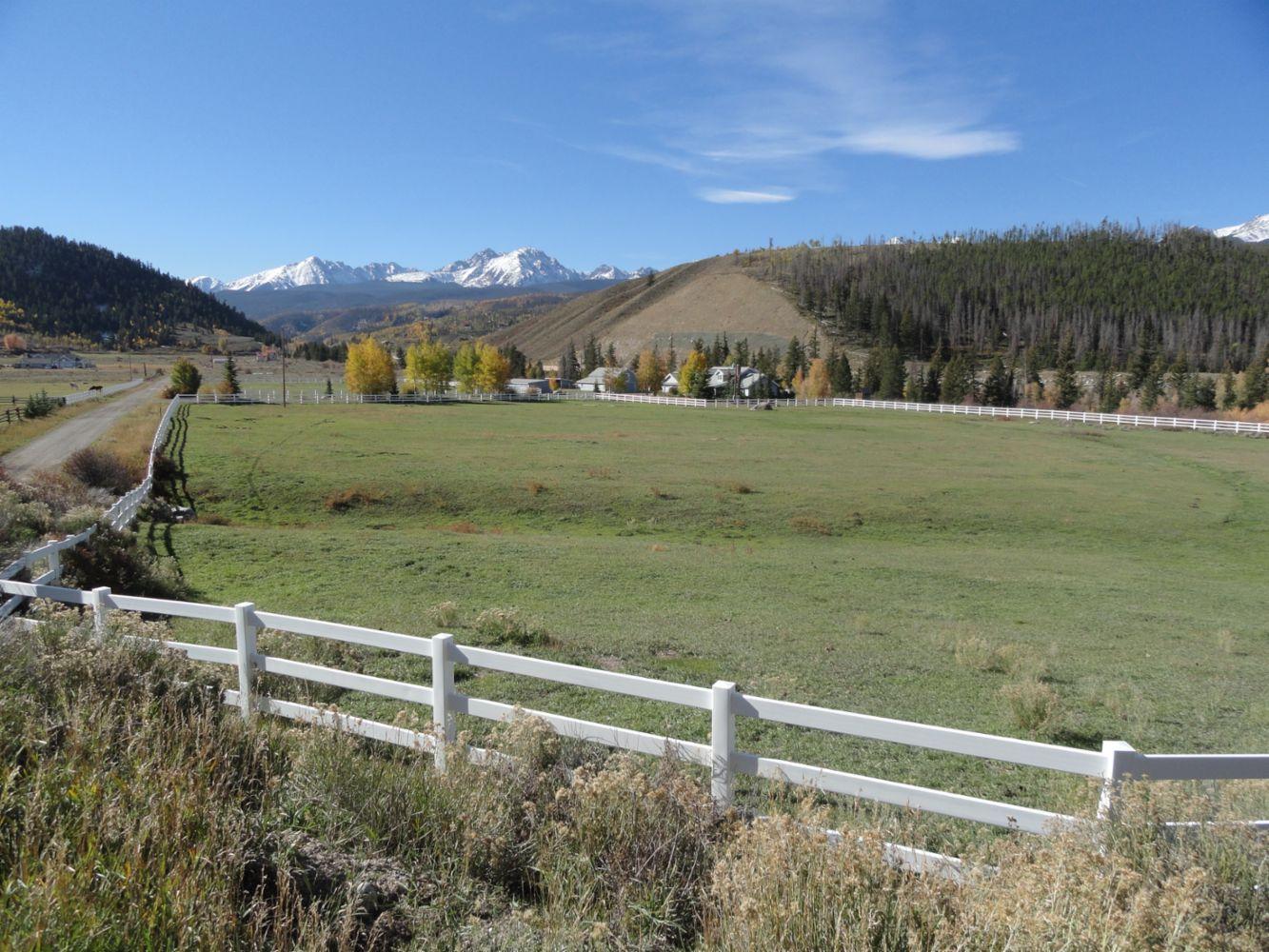 Fencing Contractor In Breckenridge Co Strategic Fence