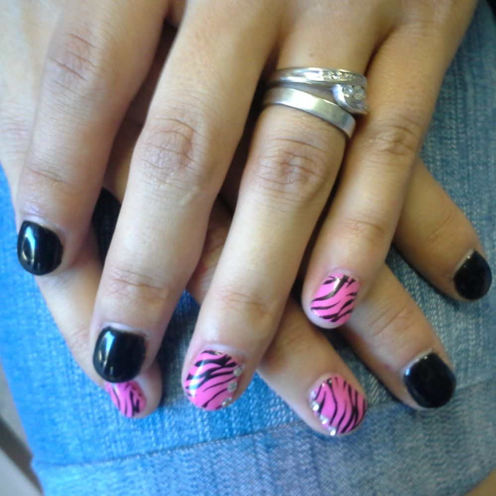 Manicurist and Nail Technologist in Reno, NV - Nails By Jayme Smotony