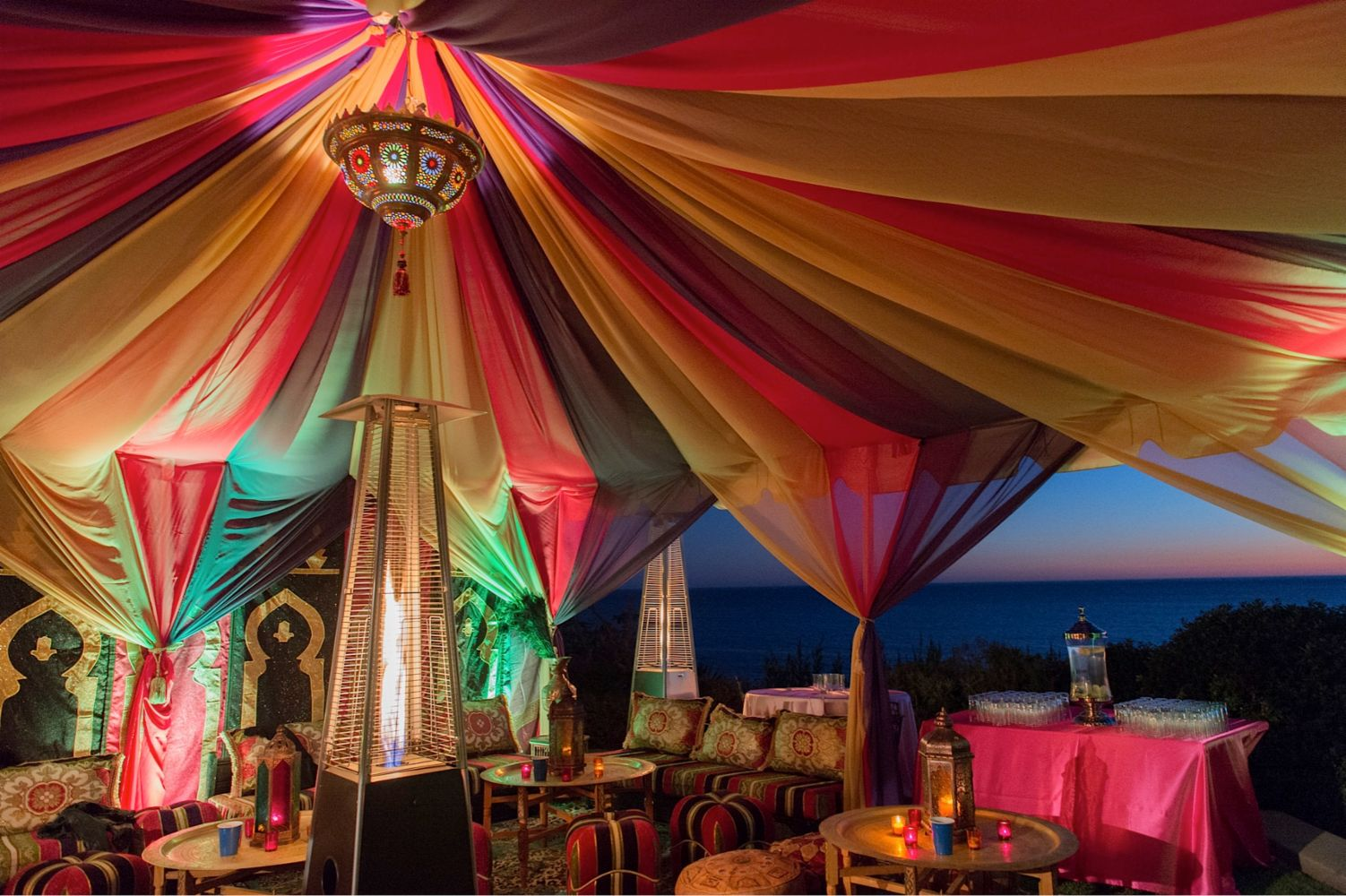 Moroccan theme party experts in van nuys ca moroccan for Arabian tent decoration