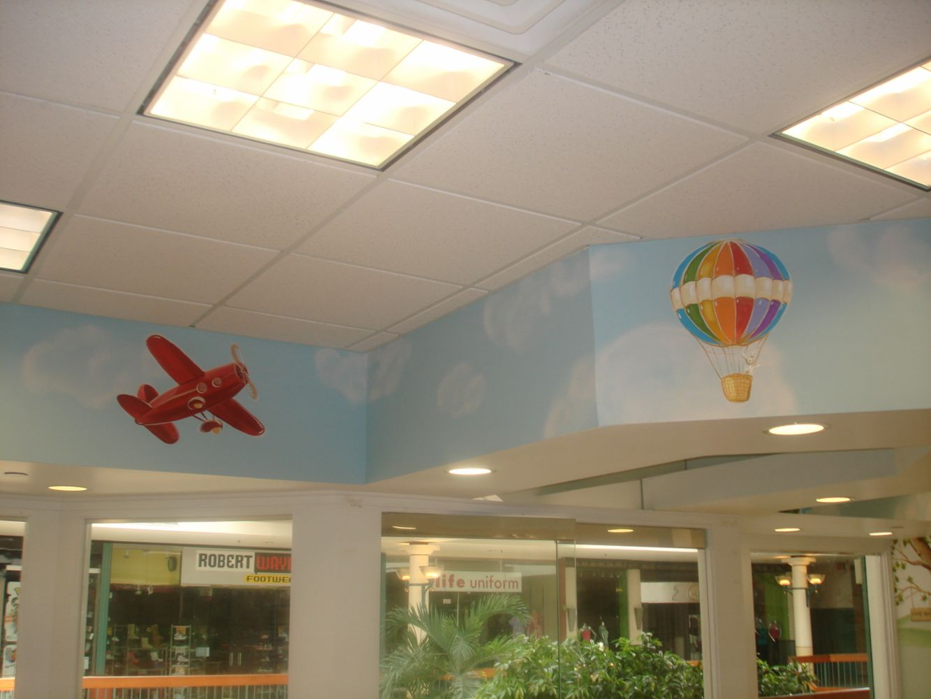 Custom murals and decorative painting in parlin nj dots for Aaina beauty salon parlin