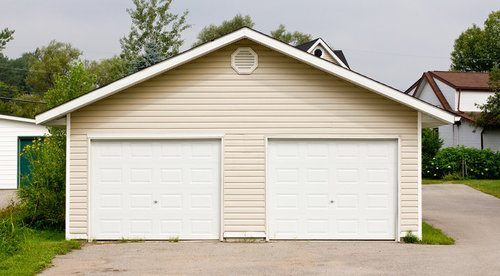 comparison guide 2 Detached Garage
