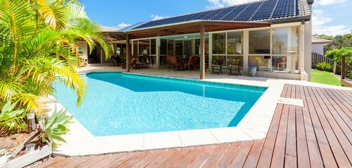 comparison guide 2 Outdoor Pool