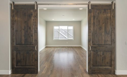 comparison guide 2 Barn Door