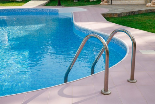 comparison guide 2 Chlorine Pool