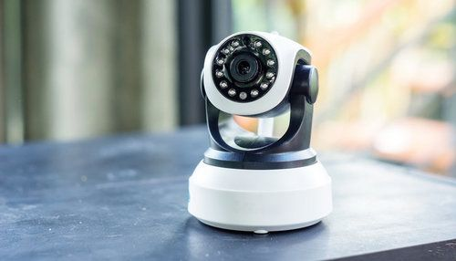 comparison guide 2 Wireless Security Cameras